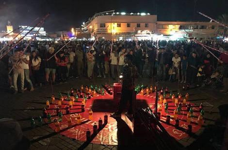 Place Jamaa el Fna animation la nuit