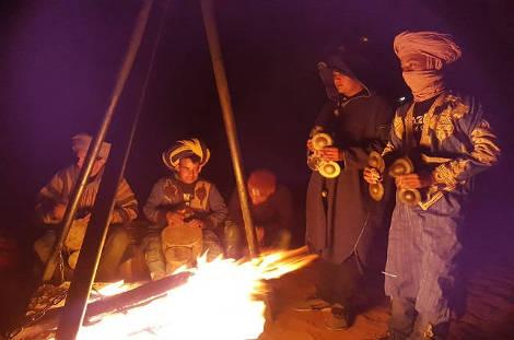 soirée dans le désert marocain