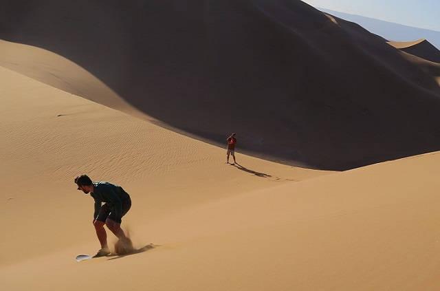 Surf sand dans le désert